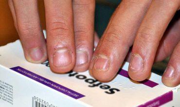İlaç kutularına görme engelliler için kabartma yazı eklenecek!