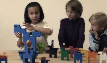 Görme engelli çocukların ailelerine online eğitim!